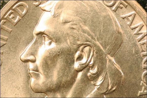 1935 - DANIEL BOON BICENTENNIAL - HALF DOLLAR AM.