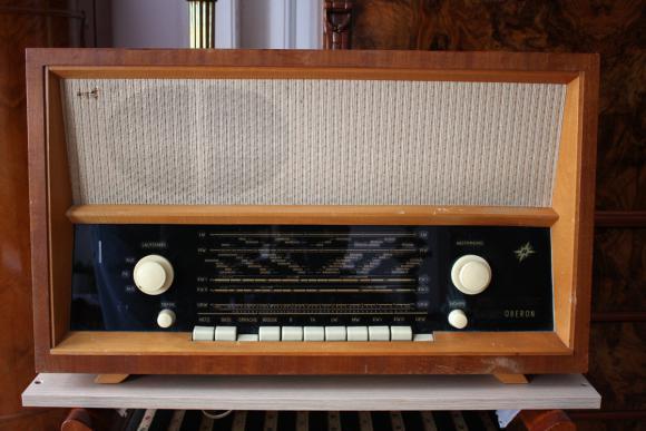 LAMPOWE RADIO OBERON