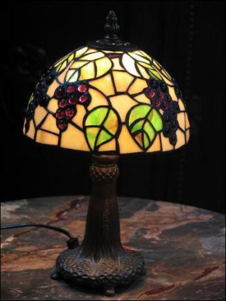 LAMPA WITRAŻOWA TIFFANY 35 CM - WINOGRONA