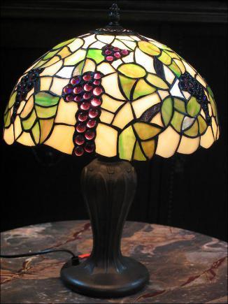 LAMPA WITRAŻOWA TIFFANY 45 CM - WINOGRONA