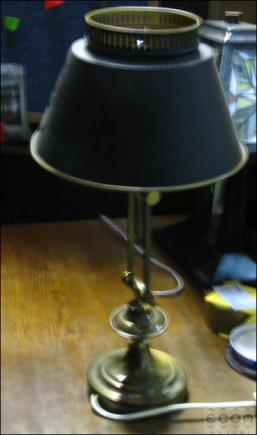 LAMPA NA BIURKO (u)